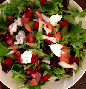 tossed salad with raspberry vinaigrette